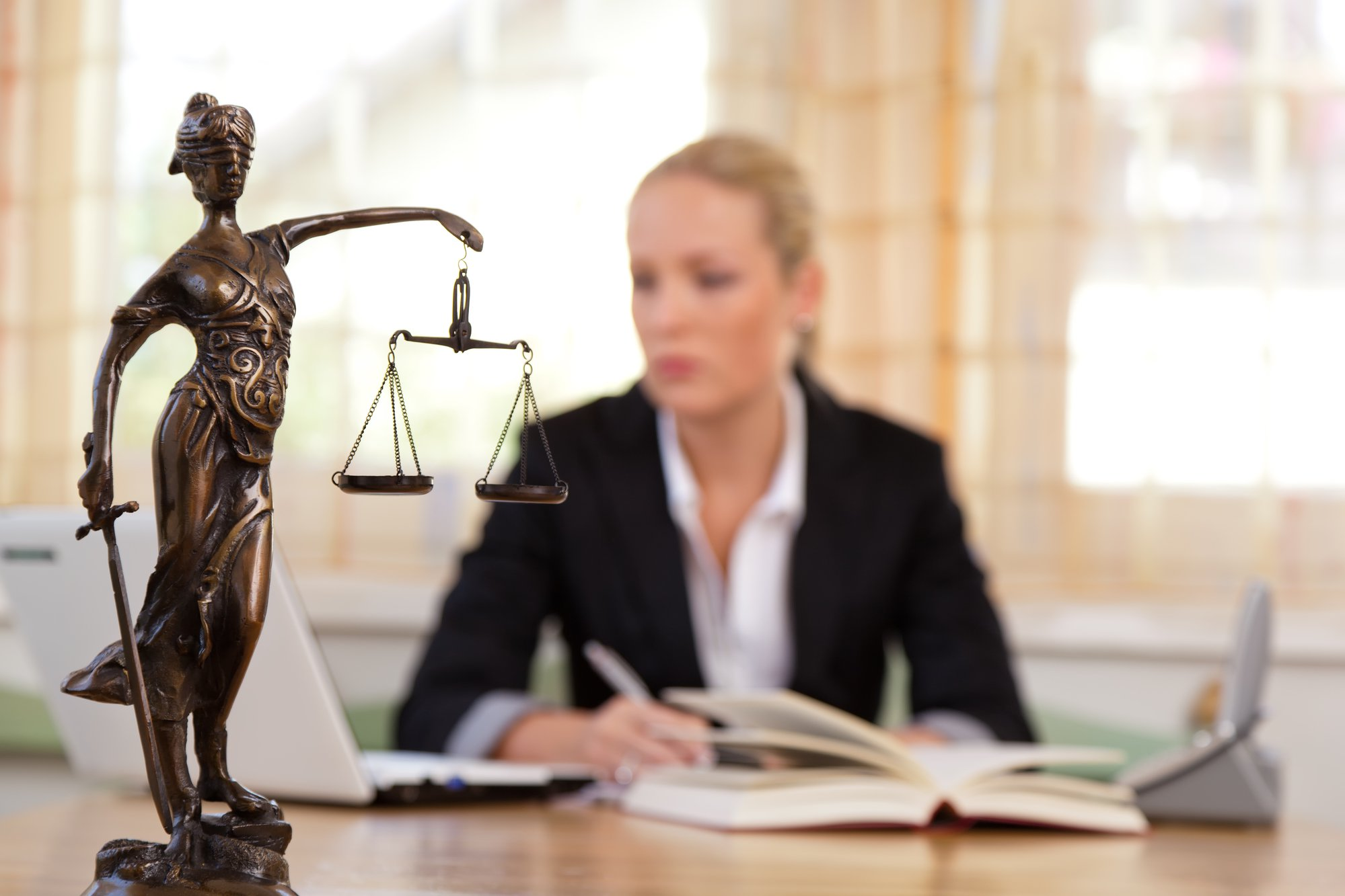 Everything You Should Know About Hiring A Good Lawyer