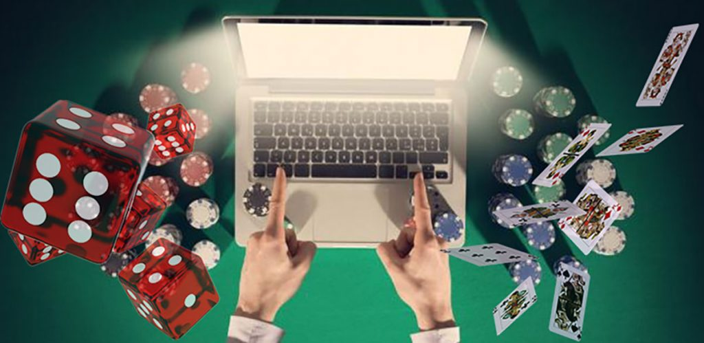 What Are The Advantages Of Playing Online Casinos?